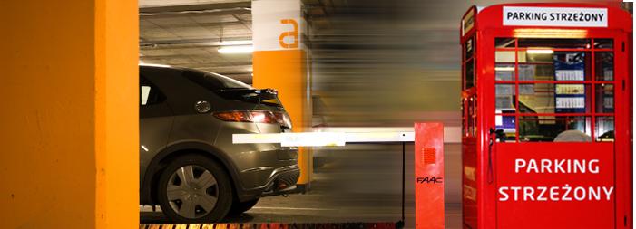 Posiadamy sieć parkingów strzeżonych usytuowanych w głównych galeriach handlowych w Polsce.